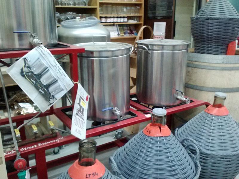 Photographs Wine Making Equipment - 1aled.borzii