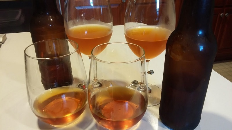 Franks Hard Cider, sparklign and still - Copy
