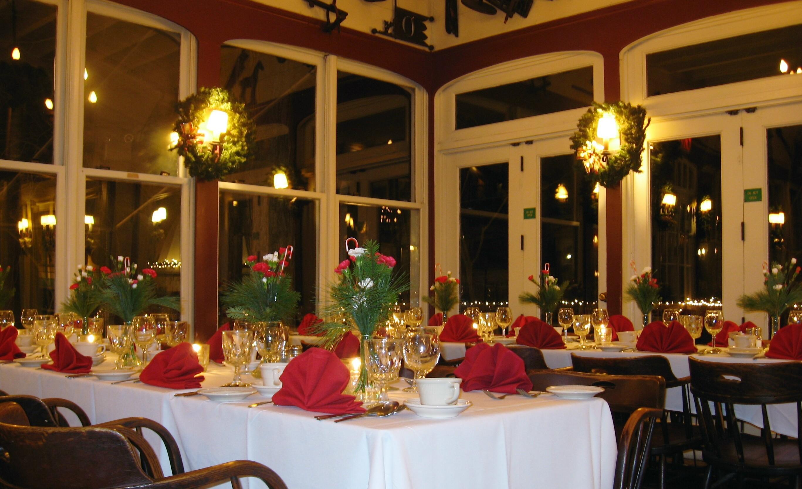A restaurant Christmas