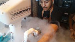 Liquid nitrogen makes a magical mist
