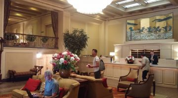Seattle's Mayflower Park Hotel Lobby with some tastfull swag (2)