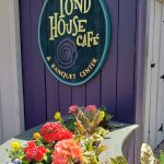2. The Pond House Cafe in Hartford's Elizabeth Park